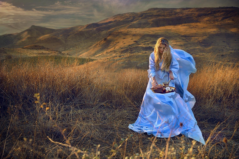תמר אחות אמנון תָּבוֹא-נָא תָּמָר אֲחוֹתִי וּתְלַבֵּב לְעֵינַי שְׁתֵּי לְבִבוֹת וְאֶבְרֶה מִיָּדָהּ״ שמואל ב׳ יג ו׳